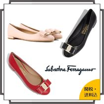 Salvatore Ferragamo Round Toe Blended Fabrics Studded Bi-color Plain Leather