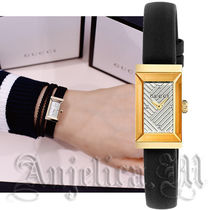 GUCCI Leather Square Quartz Watches Elegant Style Analog Watches