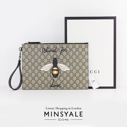bf56d75076e8 ... GUCCI Clutches Bee print GG Supreme pouch[London department store new  item] ...