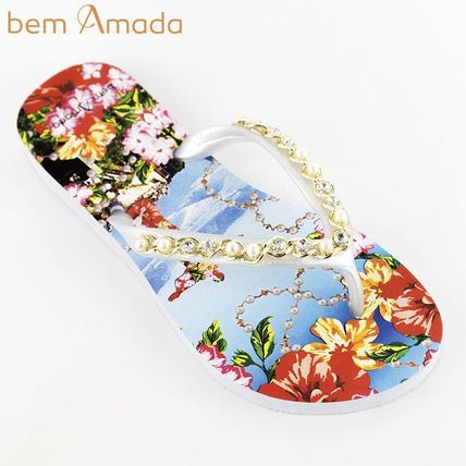 Flip Flops With Jewels Flat Sandals