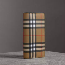 Burberry Other Plaid Patterns Unisex Plain Leather Folding Wallet