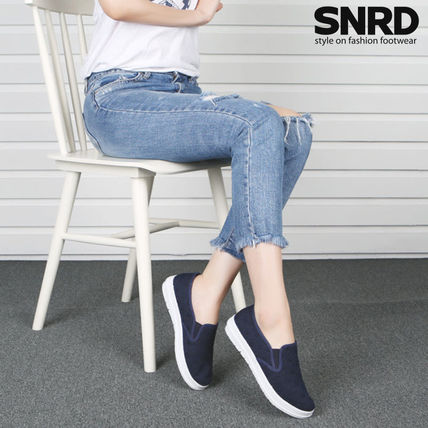 Other Check Patterns Round Toe Rubber Sole Casual Style