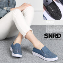 paperplanes Round Toe Rubber Sole Casual Style Studded Slip-On Shoes