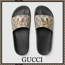 GUCCI Monoglam Unisex Other Animal Patterns Shower Shoes