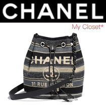 CHANEL DEAUVILLE Stripes Casual Style Canvas Street Style 2WAY Chain Purses