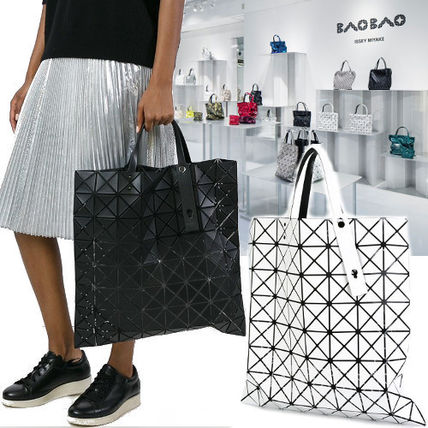 Casual Style Unisex A4 Plain PVC Clothing Totes