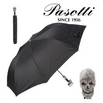 Skull Umbrellas & Rain Goods