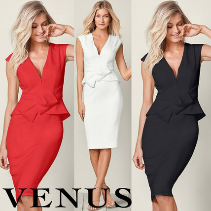Tight Sleeveless V-Neck Plain Medium Party Style Dresses