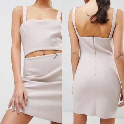 Short Tight Sleeveless Plain Elegant Style Dresses