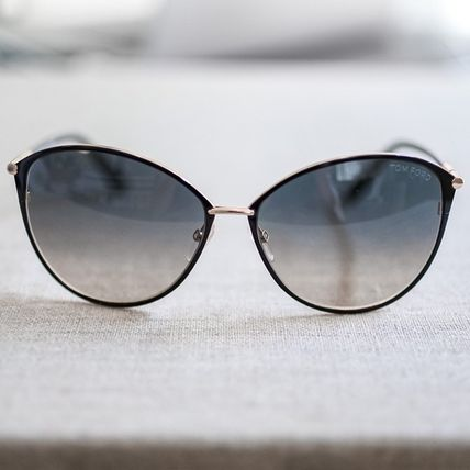 TOM FORD Unisex Oversized Sunglasses