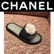 93df74401aaf CHANEL ICON Flower Patterns Rubber Sole Casual Style Street Style Plain