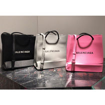 BALENCIAGA EVERYDAY TOTE Unisex 2WAY Plain Leather Shoulder Bags
