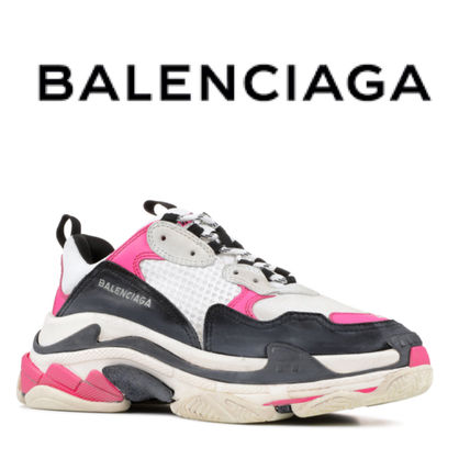 e0163915c263 BALENCIAGA Triple S 2018 SS Low-Top Sneakers by GoSakkura - BUYMA