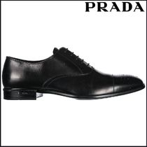 PRADA Plain Leather U Tips Oxfords