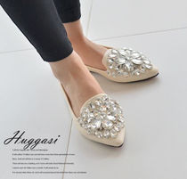 Studded With Jewels Elegant Style Slip-On Shoes