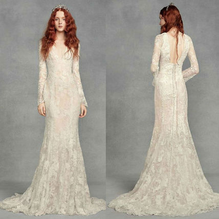 Shop Vera Wang Tight V Neck Long Sleeves Long Lace Wedding Dresses