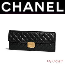 CHANEL ICON Other Check Patterns Calfskin Plain Oversized Elegant Style