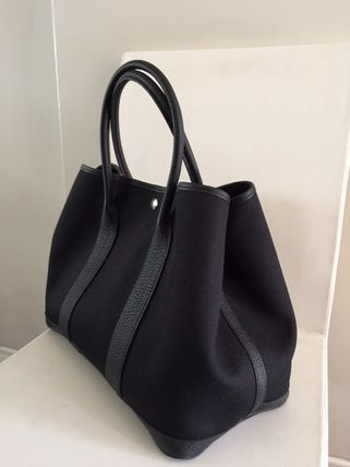 Unisex Calfskin Street Style A4 Plain Totes