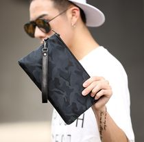 Camouflage Street Style Clutches
