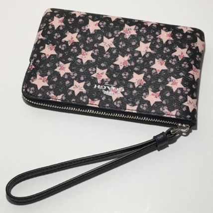 8c10b100c95f ... Coach Pouches   Cosmetic Bags Flower Patterns Star Leather Pouches    Cosmetic ...