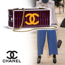 CHANEL Vanity Bags Chain Plain Home Party Ideas Elegant Style