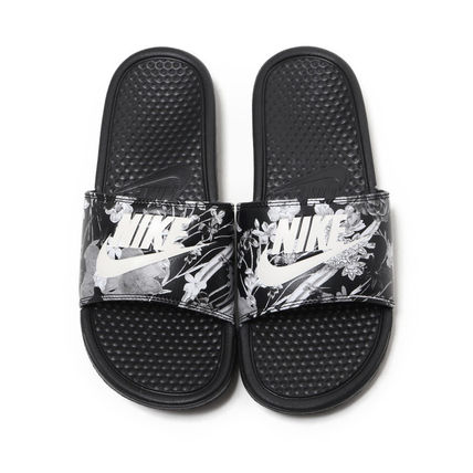 buy popular 81bf5 698b9 ... new arrivals nike shower sandals flower patterns tropical patterns  street style shower shoes fa514 fbb1b