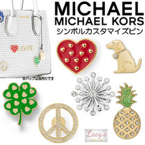 Michael Kors Heart Casual Style Studded Plain With Jewels Bags