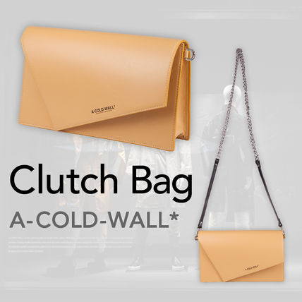 Casual Style Unisex Chain Plain Leather Clutches
