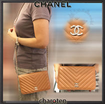 CHANEL CHAIN WALLET Lambskin Studded 2WAY Chain Plain Elegant Style