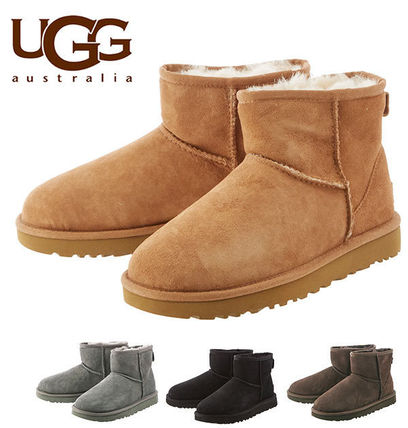 UGG Australia Ankle & Booties Round Toe Rubber Sole Casual Style Fur Plain