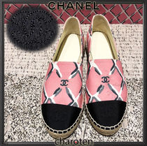 CHANEL ICON Other Check Patterns Plain Toe Rubber Sole Casual Style