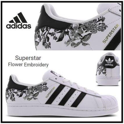... adidas Low-Top Flower Patterns Low-Top Sneakers ...