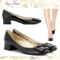 Roger Vivier Round Toe Plain Leather Office Style Chunky Heels