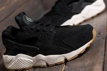 Nike AIR HUARACHE Round Toe Casual Style Plain Low-Top Sneakers