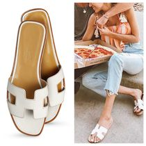 HERMES Oran Street Style Plain Leather Sandals
