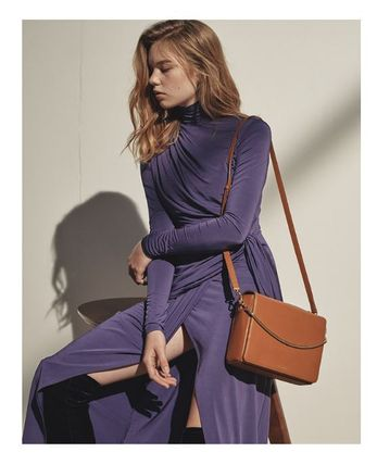 MUTEMUSE Plain Leather Shoulder Bags