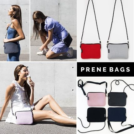 Plain Shoulder Bags