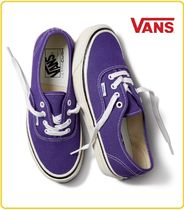 VANS AUTHENTIC Unisex Street Style Low-Top Sneakers