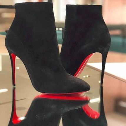 ... Boots 7 Christian Louboutin Ankle   Booties Suede Plain Pin Heels  Elegant Style Ankle   Booties ... 0fd2bb73cba9