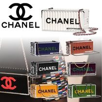 CHANEL Vanity Bags Chain Plain Home Party Ideas Elegant Style Bold
