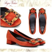 Roger Vivier Round Toe Casual Style Suede Plain Chunky Heels