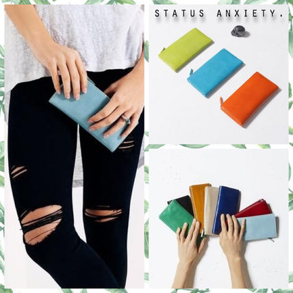 Casual Style Unisex Plain Leather Clutches