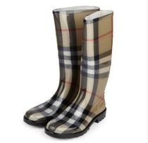 Burberry Flat Boots