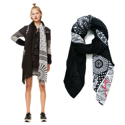Cotton Lightweight Scarves & Shawls