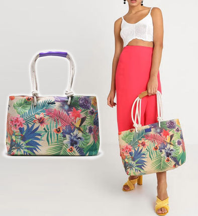 Tropical Patterns Casual Style Canvas A4 Totes