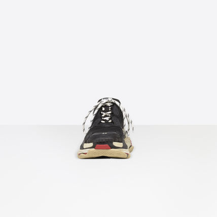 BALENCIAGA Sneakers Street Style Sneakers 3