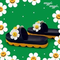 wiggle wiggle Flower Patterns Shoes