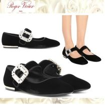 Roger Vivier Round Toe Casual Style Plain With Jewels Ballet Shoes