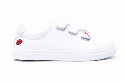 Heart Plain Leather Low-Top Sneakers