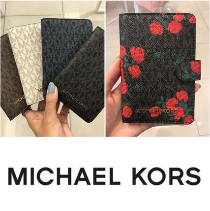 a4f01c944557 Michael Kors JET SET TRAVEL 2018 SS Passport Cases by Calilife - BUYMA
